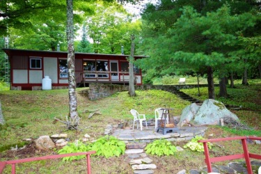 2192 Kushog Lake Road, Algonquin Highlands, Ontario